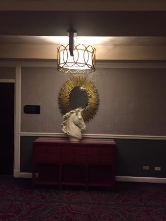 hallway 15th floor picture of kimpton sir francis drake hotel rh tripadvisor com