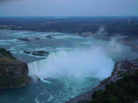 ride to top skylon tower - picture of skylon tower revolving