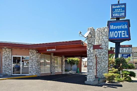 Maverick Motel