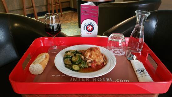 Interhotel Figeac : Plateau repas