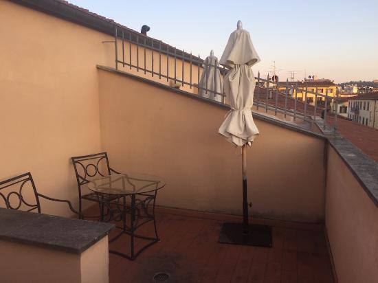 Terrazza sui tetti - Picture of Hotel Albani Firenze, Florence ...