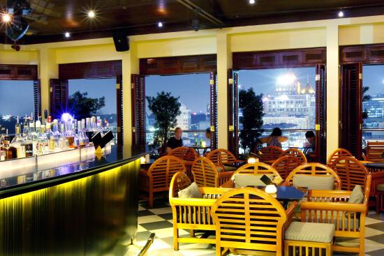Saigon Saigon Bar with Happy Hour and Ladies Night - Picture of