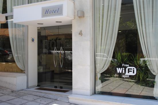 Glaros Hotel : Entrance