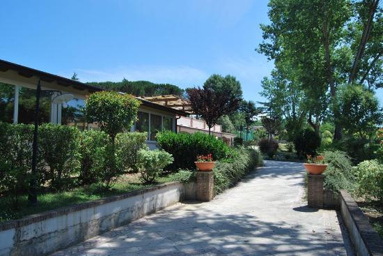 La Vignola Country Hotel