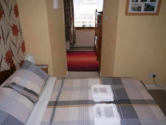 Seabank B&B: Family Room - Double Bed