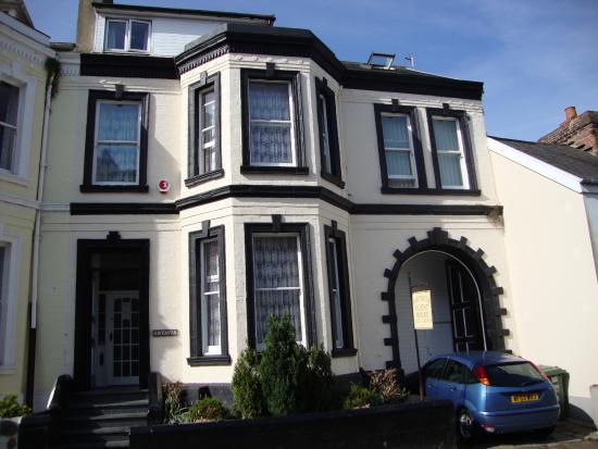 Artavia Guest House
