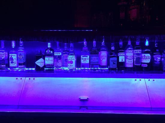 Dreikoenigskeller: Bar