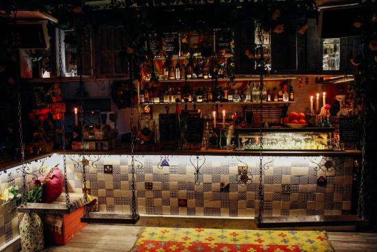 Llamas Bar