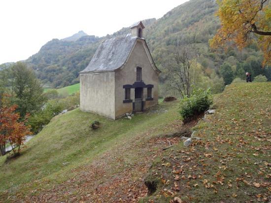 Arrens-Marsous, فرنسا: Chapelle Notre-Dame de Pouey-Laün, Arrens-Marsous (Hautes-Pyrénées), France.