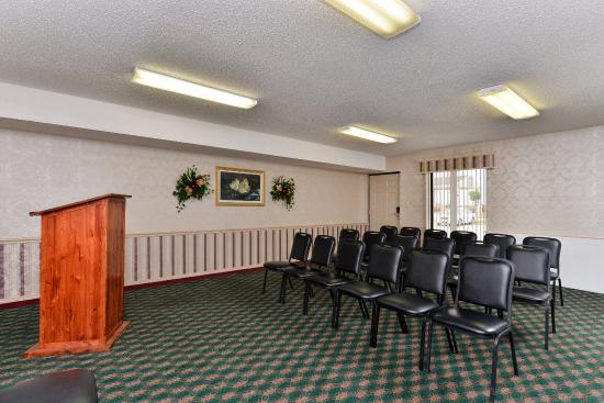 Mockingbird Inn & Suites : Meeting Room