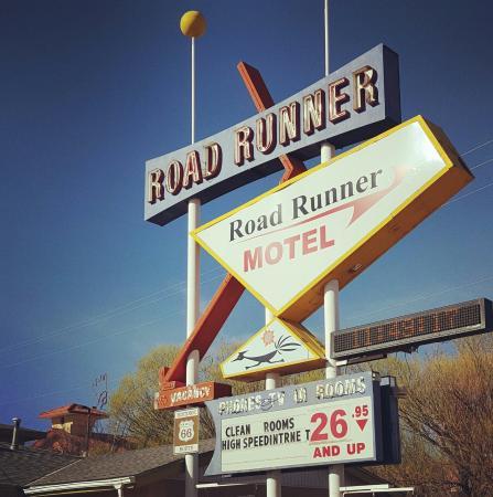 Roadrunner Motel