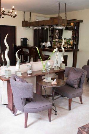 Palacina Residence & Suites: Bistro Bar
