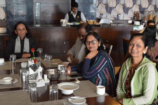 Godwin Hotel Haridwar: The restaurant