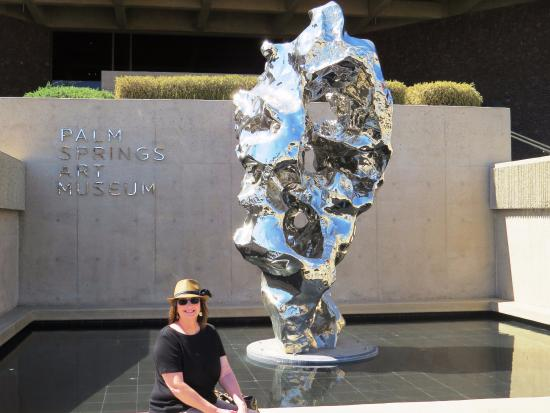 Palm Springs Art Museum in Palm Desert: out front of the museum