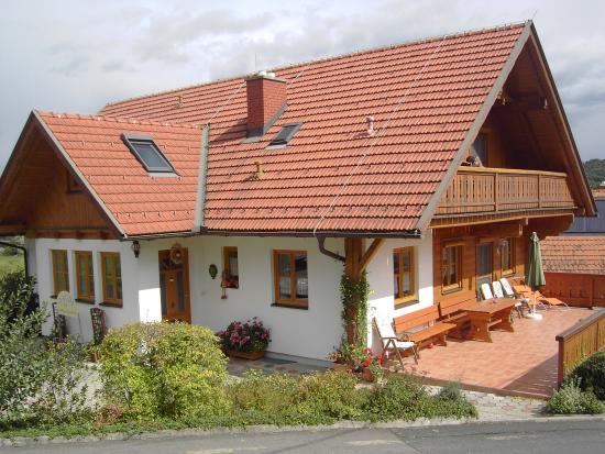 Gäestehaus & Weinbau Radl