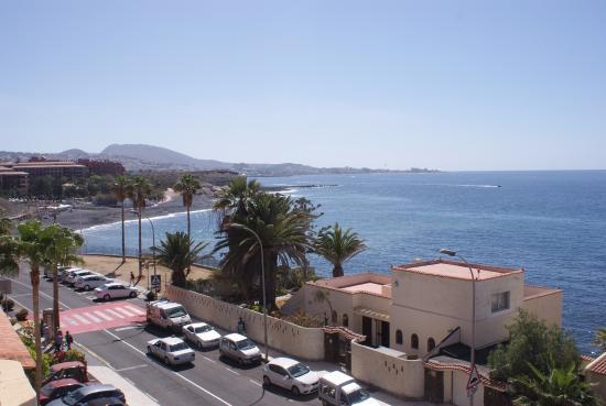 Vista dal balcone picture of hovima jardin caleta la for Hotel jardin la caleta tenerife