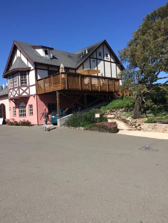 Schug Carneros Estate Winery: photo2.jpg