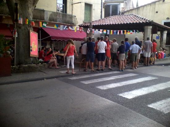 Aubignan, Francia: soirée d'été