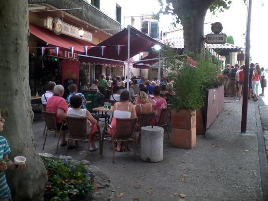 Aubignan, Francia: soir d'été