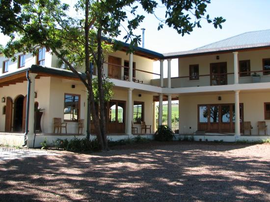 Lovane Boutique Wine Estate and Guest House: Lovane Boutique Wine Estate and Guesthouse