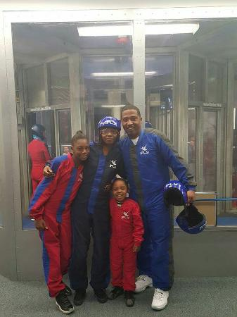 iFLY Indoor Skydiving Denver: AWESOME experience!