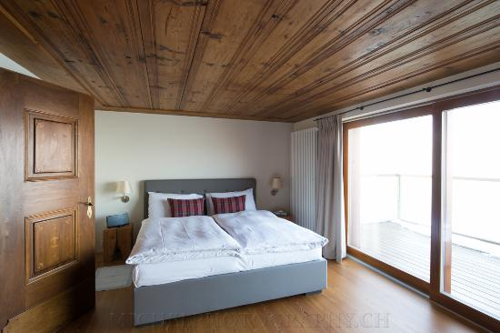 Obbuergen, Switzerland: Schlafzimmer mit Sicht auf den Vierwaldstättersee