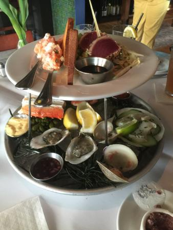 Mashpee, MA: Seafood Appetizer Tower