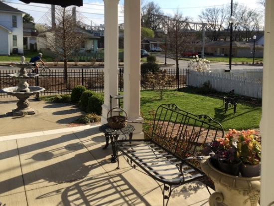 Market Street Inn: View from front porch