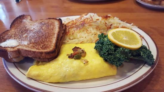 Shawano, WI: Veggie Omelet - always homemade bread