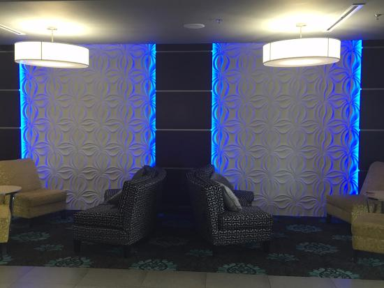 Lobby Opposite Reception Picture Of La Quinta By Wyndham
