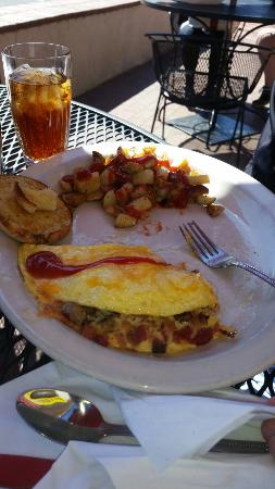 The Egg & I: Create your own omelet