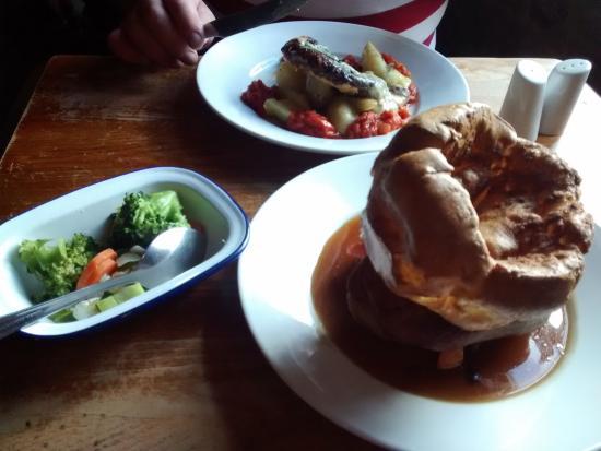 Lighthorne, UK: Lunch for two.
