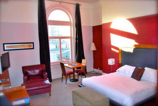 62 Castle Street Hotel