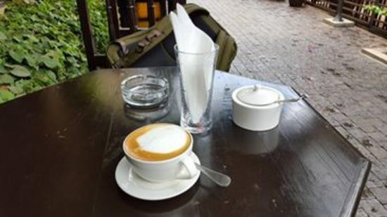 The King Post: Chilling at the Cafe