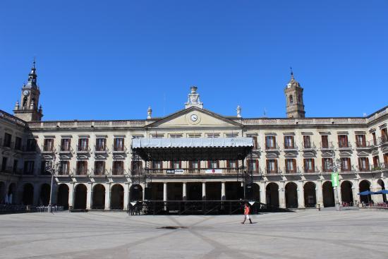 Plaza España Plaza Nueva