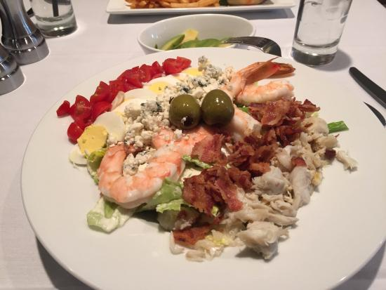 Chesapeake City, MD: $ 20.00 Salad that is worth every cent !