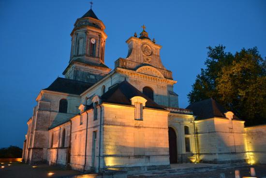Eglise Abbatiale de Saint-Florent-le-Vieil