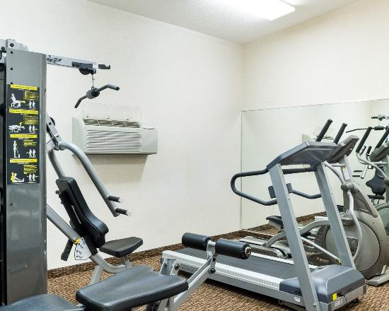Comfort Inn & Suites Custer: Fitness Center