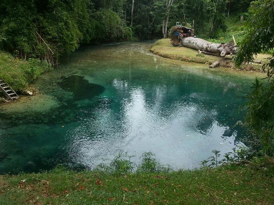 White River: Spanish bridge labyrinth St. Mary Jamaica