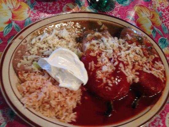 Guadalajara Grill: full order of chili renos