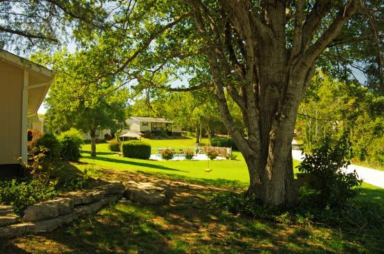 Galena, MO: Beautiful Resort... Beautiful Lake...