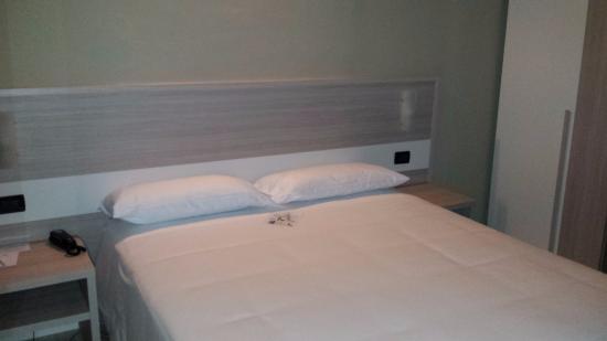 Best Quality Hotel La Darsena: Il letto