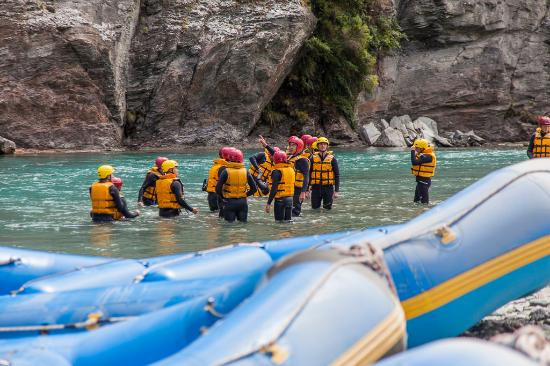 Queenstown Combos: Rafting the Shotover