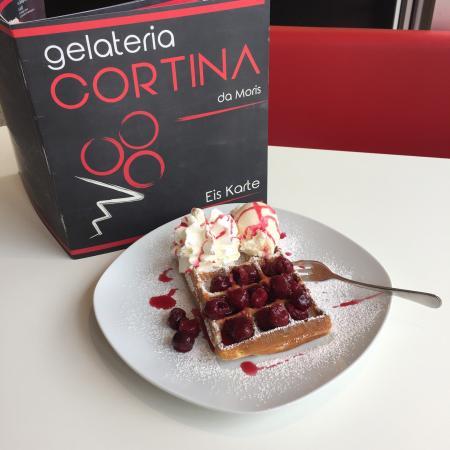 Heusenstamm, Alemania: Eiscafe Cortina