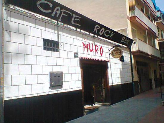 Cafe Rock Bar El Muro