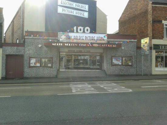 ‪Cannock Cinema‬