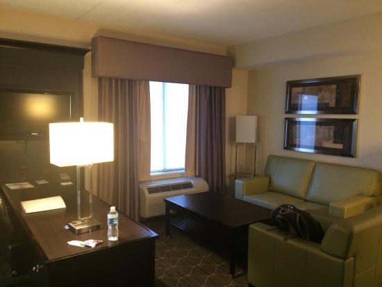 Hampton Inn & Suites Parsippany/North: Room 204