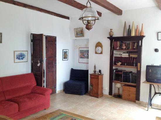 Figari, Francia: Suite familiale Bianca salon