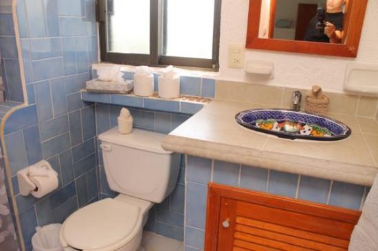 La Bahia: 2nd batroom in 2nd bedroom