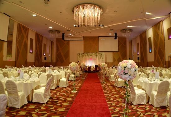 The ranyai ballroom picture of the waterfront hotel kuching the waterfront hotel the ranyai ballroom junglespirit Choice Image